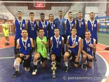 Equipe de vôlei de Ituiutaba conquista torneio em Monte Alegre de Minas - Pontal Emfoco