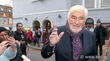 Weltstar an der Elbe: Mario Adorf Premieren-Gast in Blankenese - BILD