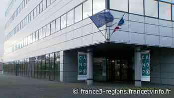 Chasseneuil-du-Poitou : les salariés du réseau Canopé mobilisés contre les suppressions de postes - France 3 Régions