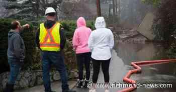 Mud slide prompts evacuation as rain saturates southern British Columbia - Richmond News