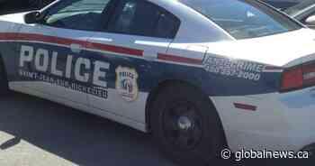 Saint-Jean-sur-Richelieu girl, 6, in hospital after struck by school bus - Global News