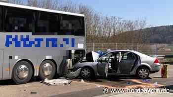 Mit fast 200 km/h: Betrunkener rammt Reisebus auf der A73 - Nordbayern.de