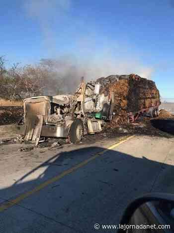 Toma fuego rastra que cargaba trigo en carretera a Nagarote - lajornadanet