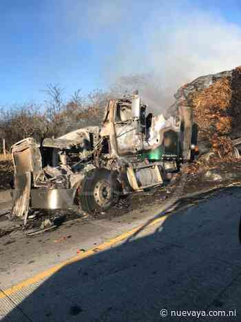 Incendio destruye cabezal que transportaba forraje para ganado en Nagarote - Radio YA