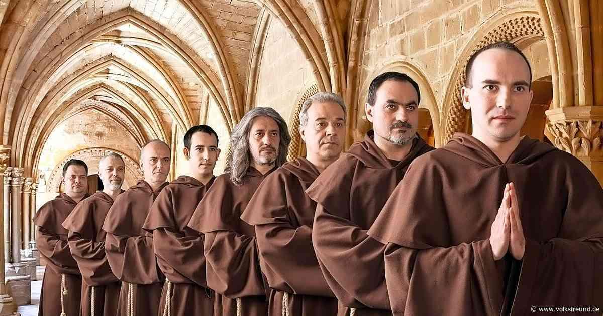 The Gregorian Voices singen in der Kirche in Lutzerath - Trierischer Volksfreund
