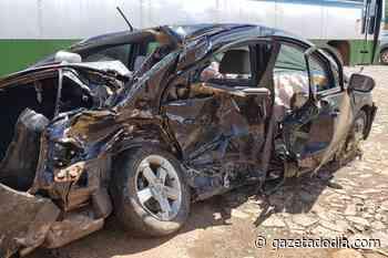 Acidente entre dois carros deixa 5 pessoas mortas em Piumhi (MG) - Gazeta do Dia