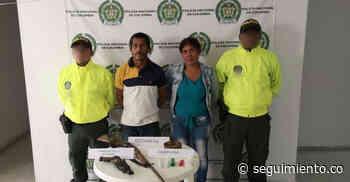 En allanamiento cae pareja con armas y estupefacientes en Zona Bananera - Seguimiento.co