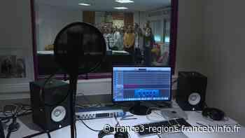 Les élèves du collège de Villers-Bretonneux dans la Somme enregistrent une chanson en soutien à l'Australi - France 3 Régions
