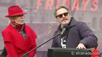 Joaquin Phoenix, Martin Sheen Join Jane Fonda For 'Fire Drill Fridays' - ETCanada.com