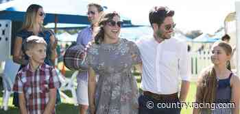 Christmas Party Race Day at Bairnsdale - Racing.com
