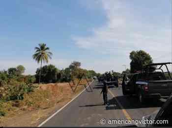 Encuentran cadáver a una orilla de la carretera Buenavista-Apátzingán - www.americanovictor.com