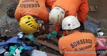 Rescatan a mujer que cayó de un puente en Santiago Nonualco, La Paz - Solo Noticias El Salvador