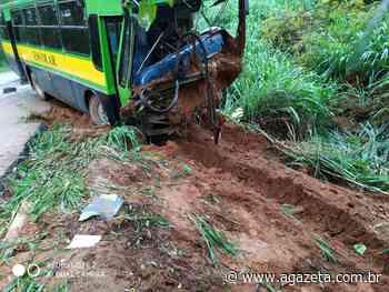 Dez pessoas permanecem internadas após acidente com ônibus em Ibatiba - A Gazeta
