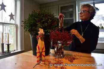 Mahone Bay woman draws inspiration from locally sourced greeneries for Christmas décor - TheChronicleHerald.ca