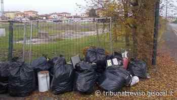 Artigiano di Spresiano lascia sulla strada rifiuti tossici: rischia una multa da 26 mila euro - La Tribuna di Treviso