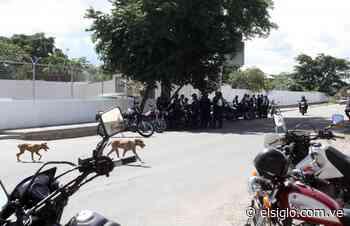 """Escoltados por las fuerzas policiales enterraron a """"El Toñito"""" de Paya - Diario El Siglo"""