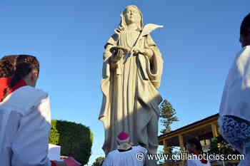 Santaluz – Bispo Dom Ottorino benze imagem de 7 metros de Santa Luzia padroeira do município - Calila Notícias