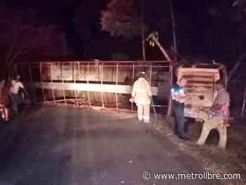 Una persona herida tras vuelco de camión en Macaracas - Metro Libre