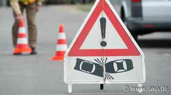 Sperrung A6 Wolpertshausen/Ilshofen: 18 Kilometer Stau auf der A6 nach Unfall mit zwei Lkw und einem Auto - SWP