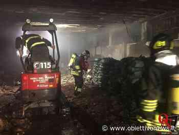 SAN GIUSTO CANAVESE – Incendio in un'azienda: numerose squadre dei Vigili del Fuoco in azione (FOTO) - ObiettivoNews