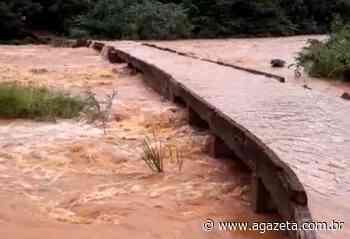 Após chuva, rio transborda e alaga casas em Baixo Guandu - A Gazeta ES