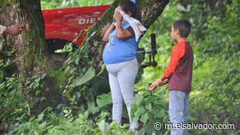 """VIDEO: Una madre busca en la finca El Guarumal a Jonathan, el niño """"que nunca existió"""" - elsalvador.com"""