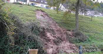 Feuerwehr : Erdrutsch nach Wasserrohrbruch in Kordel - Trierischer Volksfreund