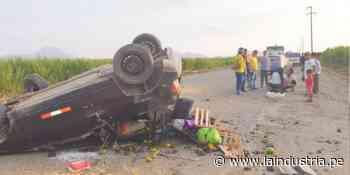 Ascope: Familia salva de morir tras despiste de automóvil - La Industria.pe