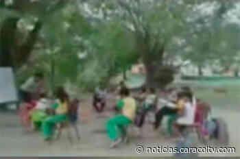 Estos niños llevan un año 'gritando' por una escuela digna y autoridades 'sordas' no los escuchan - Noticias Caracol