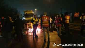 Retraites : blocages à Saint Etienne du Rouvray ce jeudi matin - France Bleu