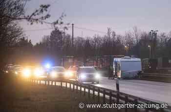 Unfall auf der B14 bei Schwaikheim - Behinderungen im Feierabendverkehr - Stuttgarter Zeitung