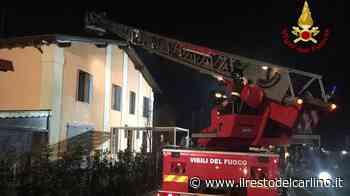 Incendio San Giovanni in Persiceto, residenti scappano fuori dalla casa - il Resto del Carlino