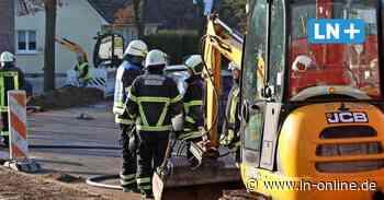 Hoisdorf - Gasalarm in Hoisdorf: Bagger beschädigt Leitungen - Lübecker Nachrichten