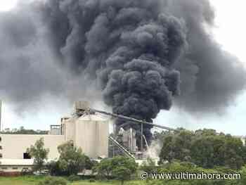 Susto en Villeta: Incendio en planta de INC - ÚltimaHora.com