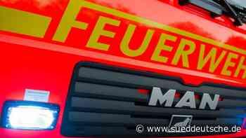 Brände - Weilheim in Oberbayern - Lagerhalle mit Stroh brennt nieder - Süddeutsche Zeitung