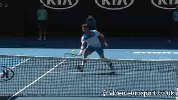 Australian Open 2020 video - A cheeky drop shot from Stanislas Wawrinka - Australian Open - Eurosport.co.uk