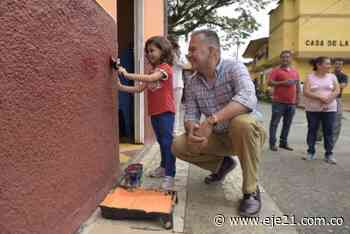 Gobernador dio apertura al embellecimiento de fachadas en Guática y Quinchía - Eje21
