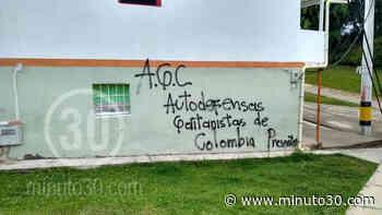 FOTOS: Paredes de casas en Urrao amanecieron rayadas con grafitis de las 'Autodefensas Gaitanistas&# ... - Minuto30.com