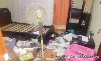 Delincuentes roban vehículo en vivienda de Papayal - El Informador - Santa Marta