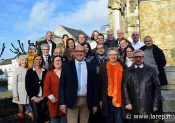 Patrick Pougat présente sa liste pour les municipales à Puiseaux - Puiseaux (45390) - La République du Centre