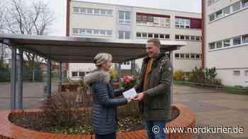 Fleißiger Holzfäller spendet für grünes Klassenzimmer der Klosterberg-Schule - Nordkurier