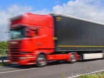 Helmstadt: Lastwagenfahrer mit französischer Komödie auf der A3 - Straubinger Tagblatt