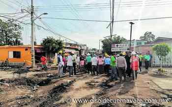 Bloquean en Anenecuilco obras de pavimentación - El Sol de Cuernavaca