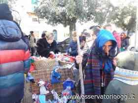 Calze e dolciumi per i bambini di Pezze di Greco nel giorno dell'Epifania - OsservatorioOggi