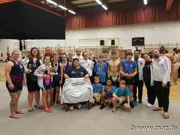 Sumo-Ranglistenturnier: Sportler des Deutschen Sumo-Bundes gingen in Ungarn auf Medaillenjagd - Märkische Onlinezeitung