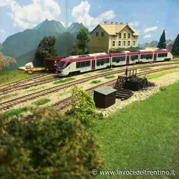 Pergine: dentro la stazione l'allestimento del plastico della ferrovia della Valsugana - la VOCE del TRENTINO