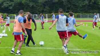Gerald Asamoah trainiert in der Sportschule Oberhaching - merkur.de