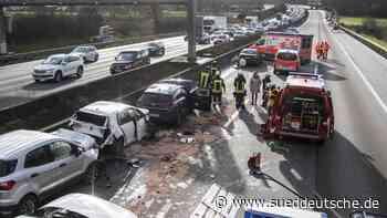 Unfälle - Friedberg (Hessen) - Karambolage auf der Autobahn 5: Stau - Süddeutsche Zeitung