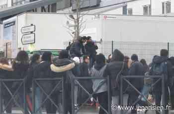 Bezons : le lycée Ronceray bloqué depuis une semaine - Le Parisien