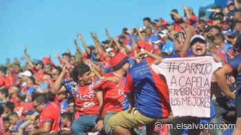 Hubo sobreventa en el Estadio Óscar Quiteño para el juego contra Santa Tecla - elsalvador.com